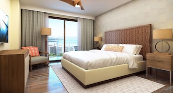 Penthouse, 2 Bedrooms, Accessible, Ocean View (Hearing, Roll In Shower, Floors 34-38)