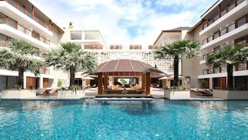 Hotel - The Bandha Hotel & Suites