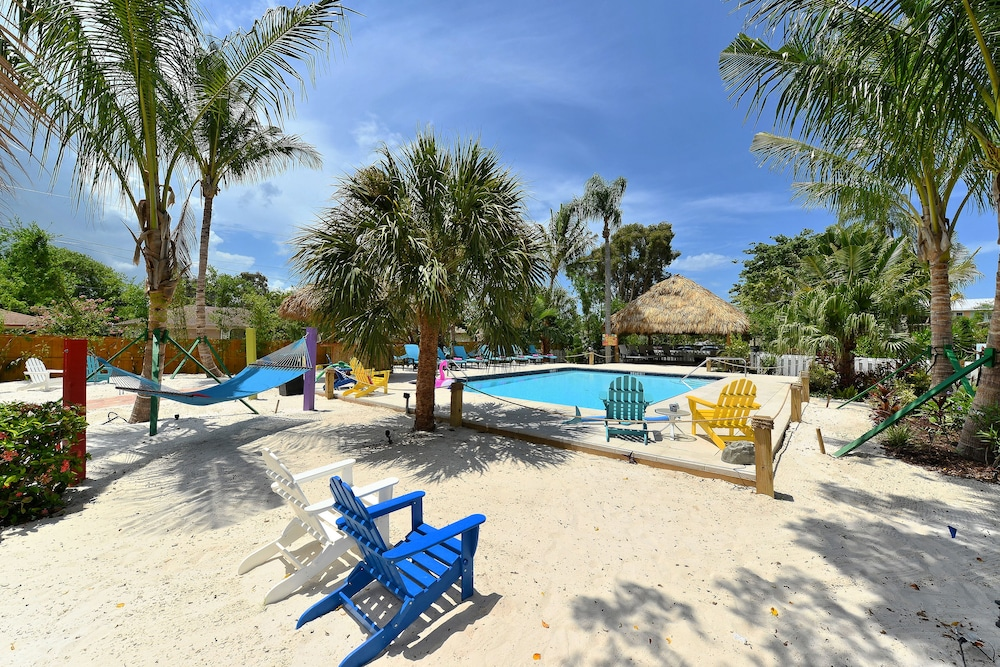 Photo of the Siesta Key Palms Resort in Sarasota, Florida