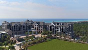 The Henderson, a Salamander Beach & Spa Resort