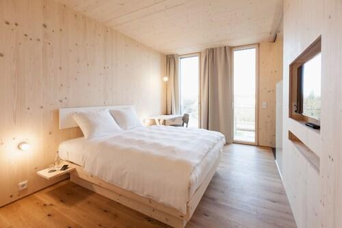 . Bader Hotel