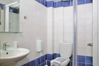 Akatos Hotel - Bathroom  - #0