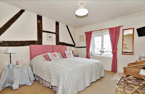 Cleaver Cottage Bed & Breakfast, Hampshire