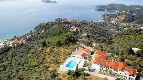 __{offers.Best_flights}__ Skiathos Club Hotel Suites