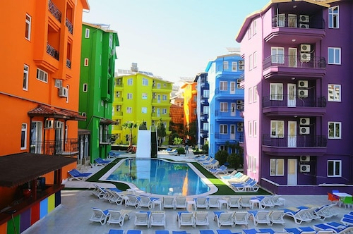 . Rainbow Castle Hotel