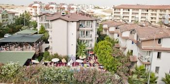 Hotel - Dynasty Hotel