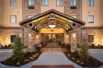 奧哈馬西駐橋套房飯店 Staybridge Suites Omaha West, an IHG Hotel