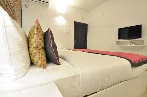 Clock Inn Dehiwala - Hostel, Dehiwala-Mount Lavinia