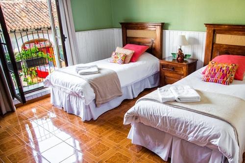 Hotel Casa del Arco, Antigua Guatemala