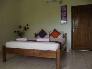 Hotel - CF Komodo Hotel