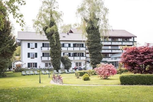 . Garden Hotel Reinhart