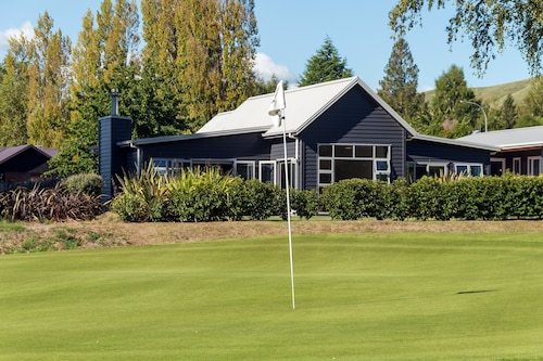 Lupin Lodge Bed and Breakfast, Taupo