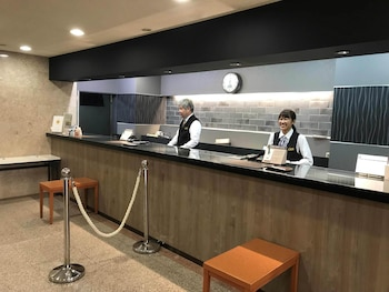 アズイン福井