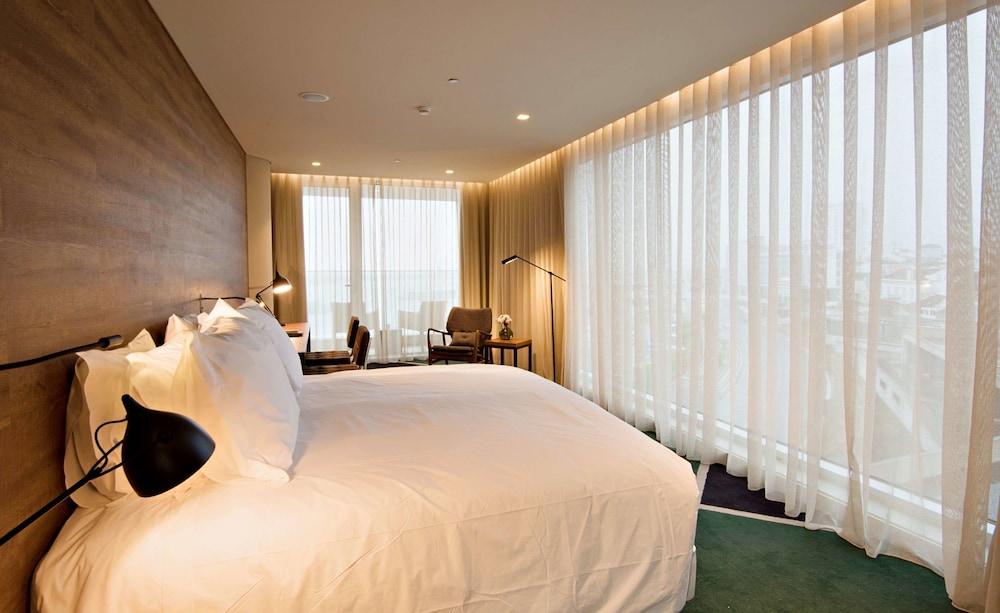 https://i.travelapi.com/hotels/16000000/15250000/15244400/15244399/2f5b3c0e_z.jpg