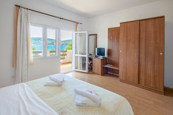 Hotel Plava Laguna - Featured Image  - #0