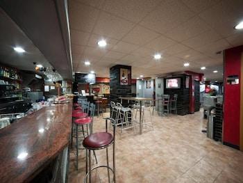 Apartaments Turistics Manzano - Hotel Bar  - #0