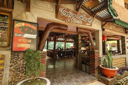 Indra Valley Inn Bukit Lawang,Bukit Lawang-Jungle Trekking
