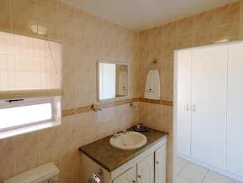 Summer Tides - Bathroom  - #0