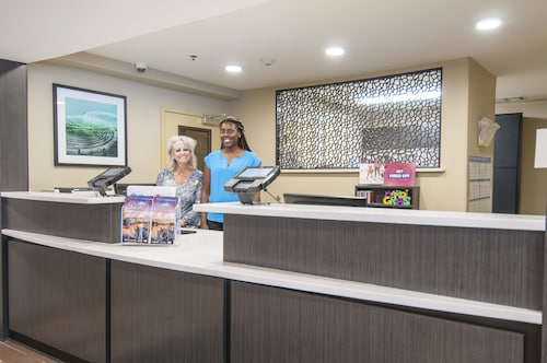 Candlewood Suites Baton Rouge - College Drive, East Baton Rouge