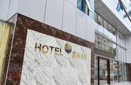 Swan Hotel, Lima
