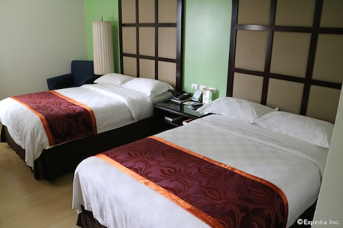 Avenue Suites Hotel, Bacolod City