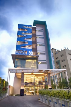 Hotel 88 Kopo Bandung - Aerial View  - #0