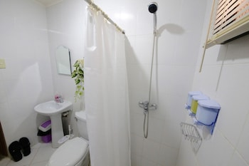 DEE GUESTHOUSE - WHITE SANDS Bathroom