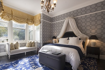 Hotel - Hulbert House