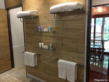 DONATELA HOTEL Bathroom Amenities