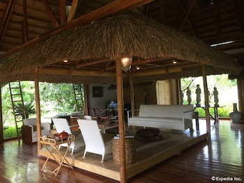 DONATELA HOTEL Lobby Sitting Area