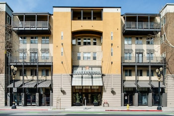 Global Luxury Suites Downtown San Jose photo