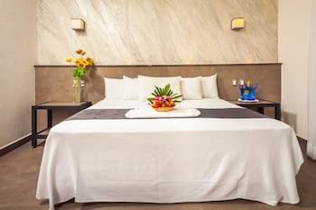 Aspira Hotel And Beach Club By Tukan