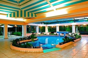 塞拉剛多加旅館飯店 Pousada Candonga Da Serra Hotel