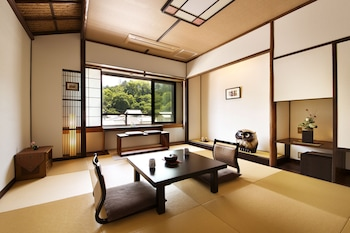 MIYAJIMA KINSUIKAN Room