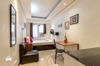 ZEN ROOMS BASIC MAKATI CITY HALL Room