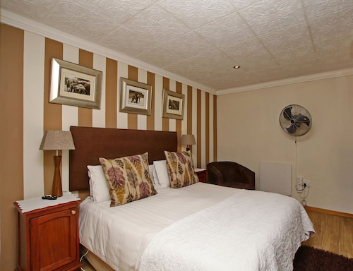 Arum Place Guest House, City of Johannesburg