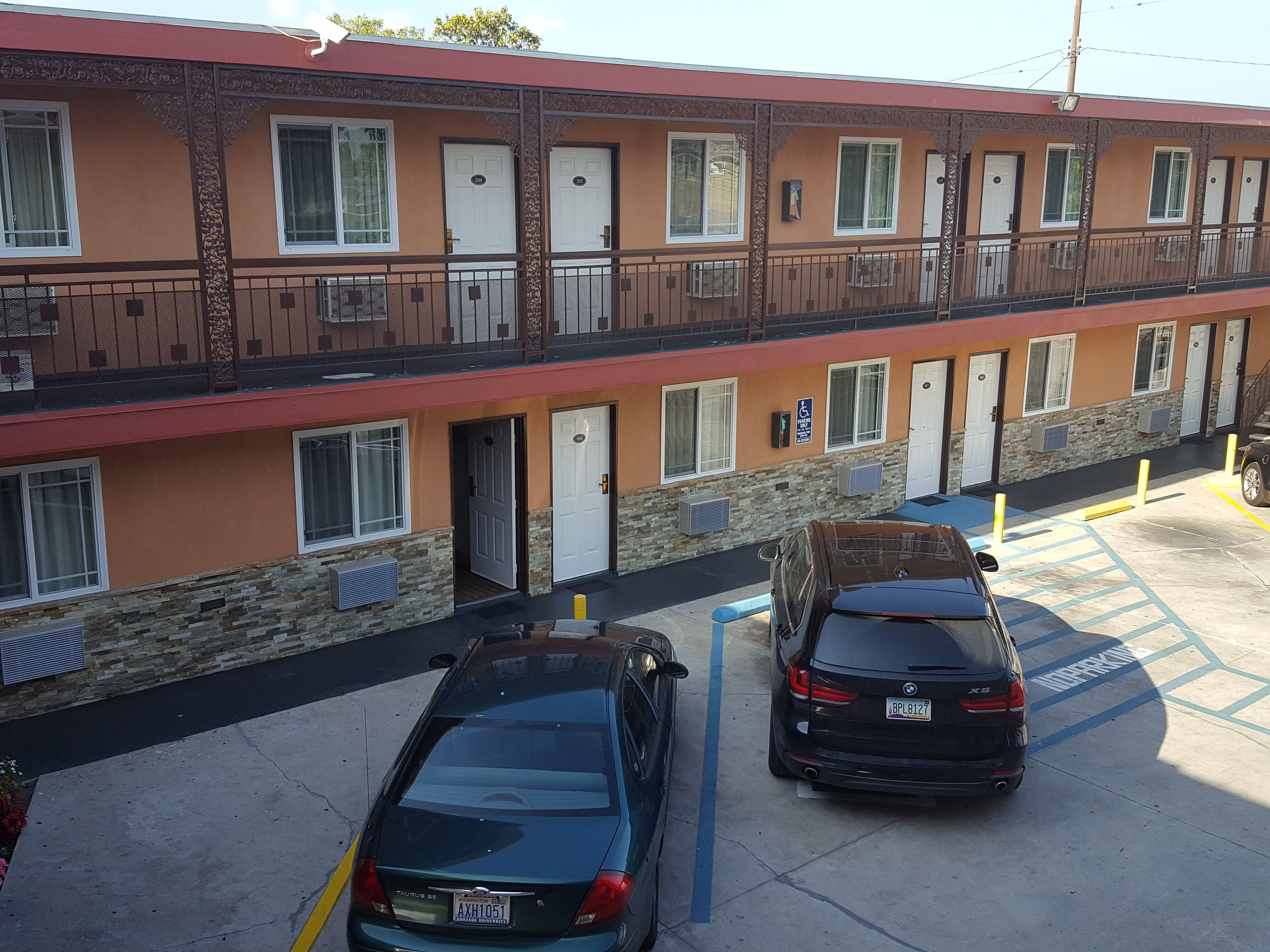 Travel Inn Motel (south Vermont Avenue)