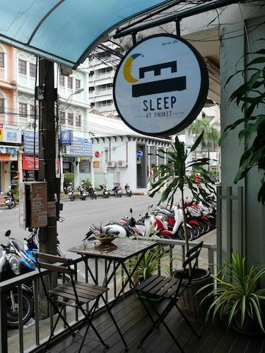 Sleep at Phuket, Pulau Phuket
