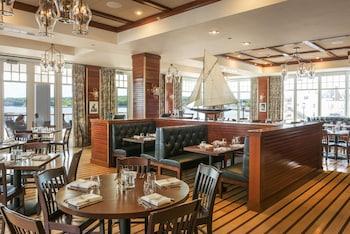 Beauport Hotel Gloucester - Restaurant  - #0