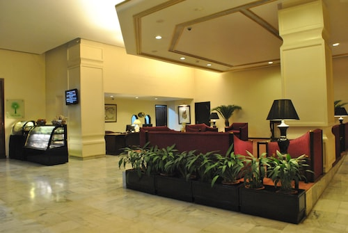 Dynasty Hotel, Kamrup Metropolitan