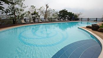 EUGENIO LOPEZ CENTER Outdoor Pool