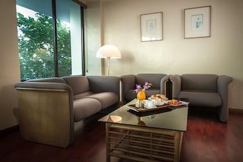 EUGENIO LOPEZ CENTER Living Area