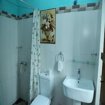 Vista Redwood Inn - Bathroom  - #0