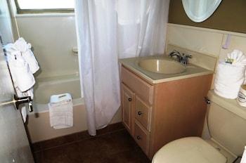 Silver Seas Beach Resort - Bathroom  - #0