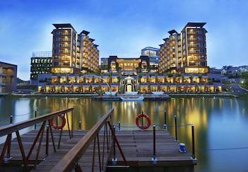 Aston Sentul Resort & Conference Center