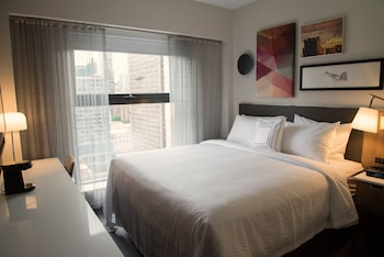 Guestroom at Fairfield Inn & Suites New York Manhattan / Central Park in New York