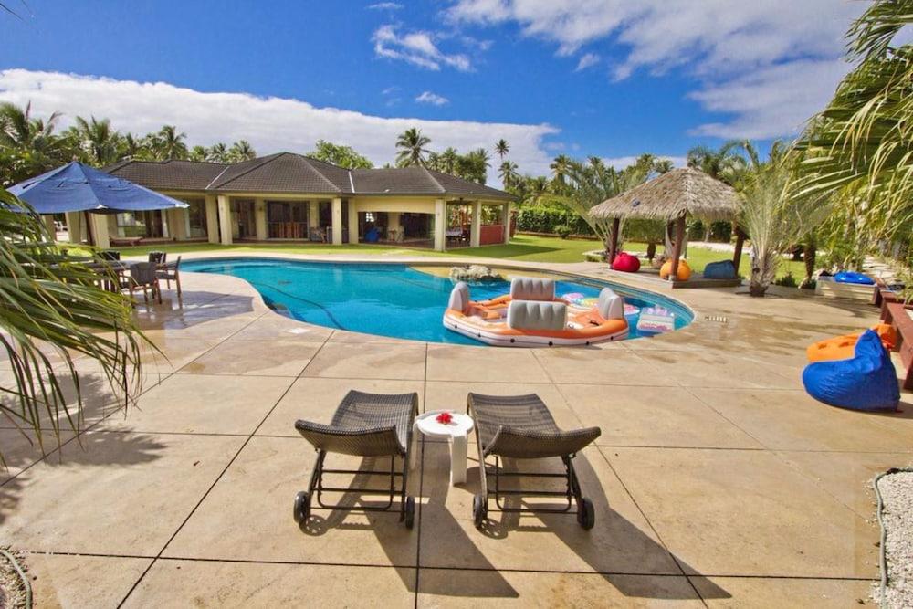 Rarotonga's Fishing Lodge - GT's
