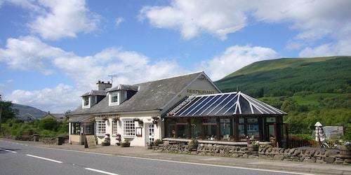 The Golden Larches Restaurant With Rooms, Stirling