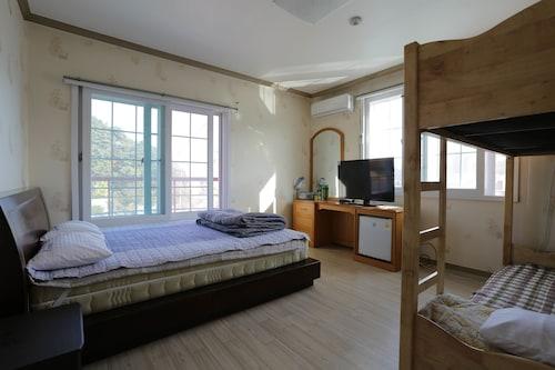 If Guesthouse - Hostel, Gangneung