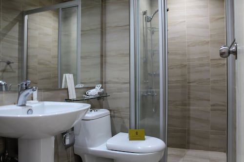 SIGLO SUITES @ The Gramercy Residences, Makati City